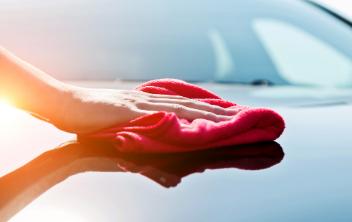 汽车打蜡与抛光的区别,哪个合适?