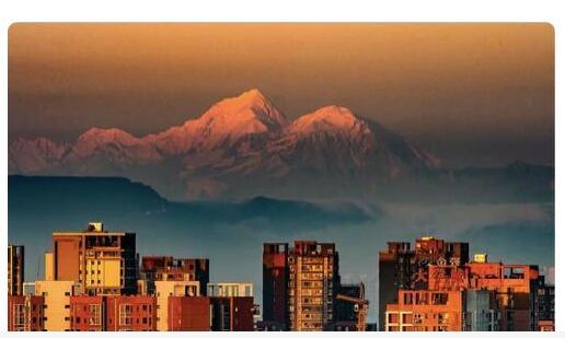 """成都:正在将雪山转化为""""金山银山"""""""